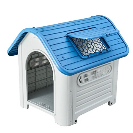 outdoor plastic dog house with blue roof